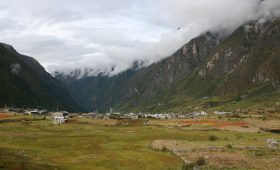 Trekking Nepal In December