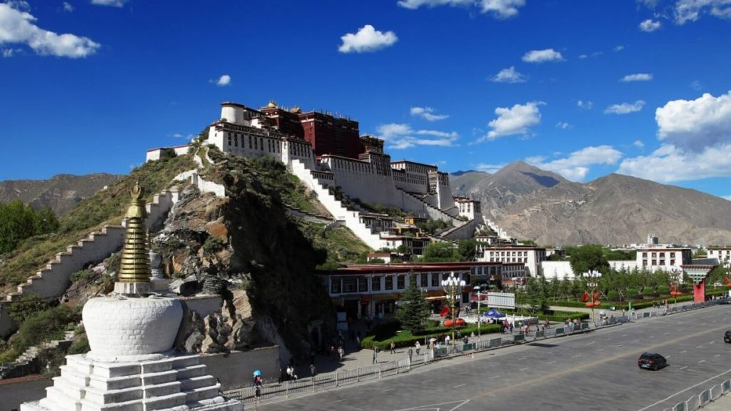 Tibet tour 7 nights 8 days