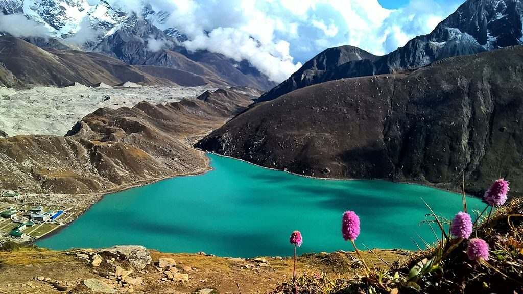 Things to Know Regarding Gokyo Ri Trek Cost